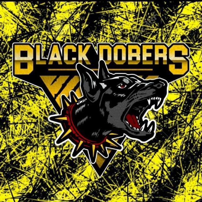 Black dobers